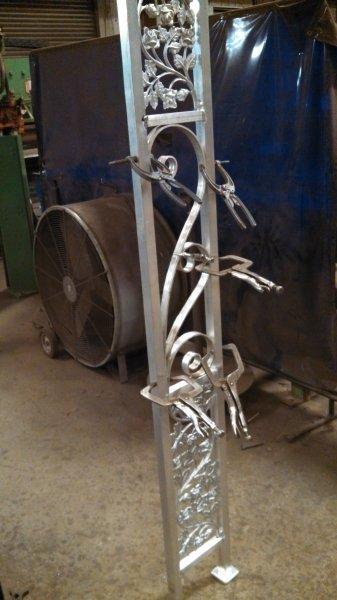 custom-aluminum-trellis (1)