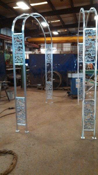 custom-aluminum-trellis (12)