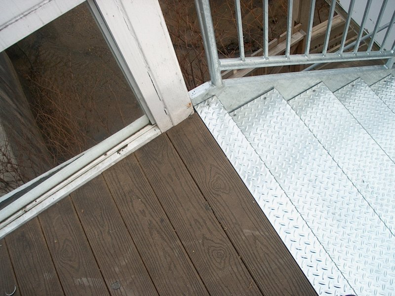 custom-galvanized-stairs-railings (2)
