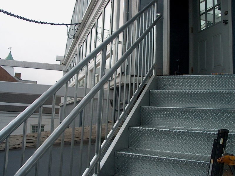 custom-galvanized-stairs-railings (9)