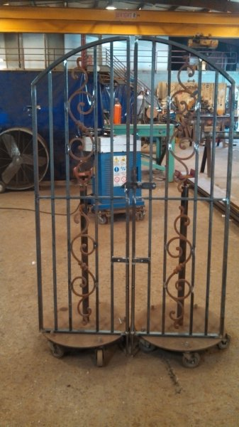 custom-steel-gates (1)