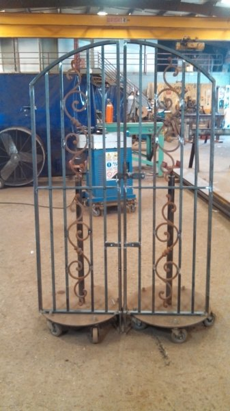 custom-steel-gates (3)